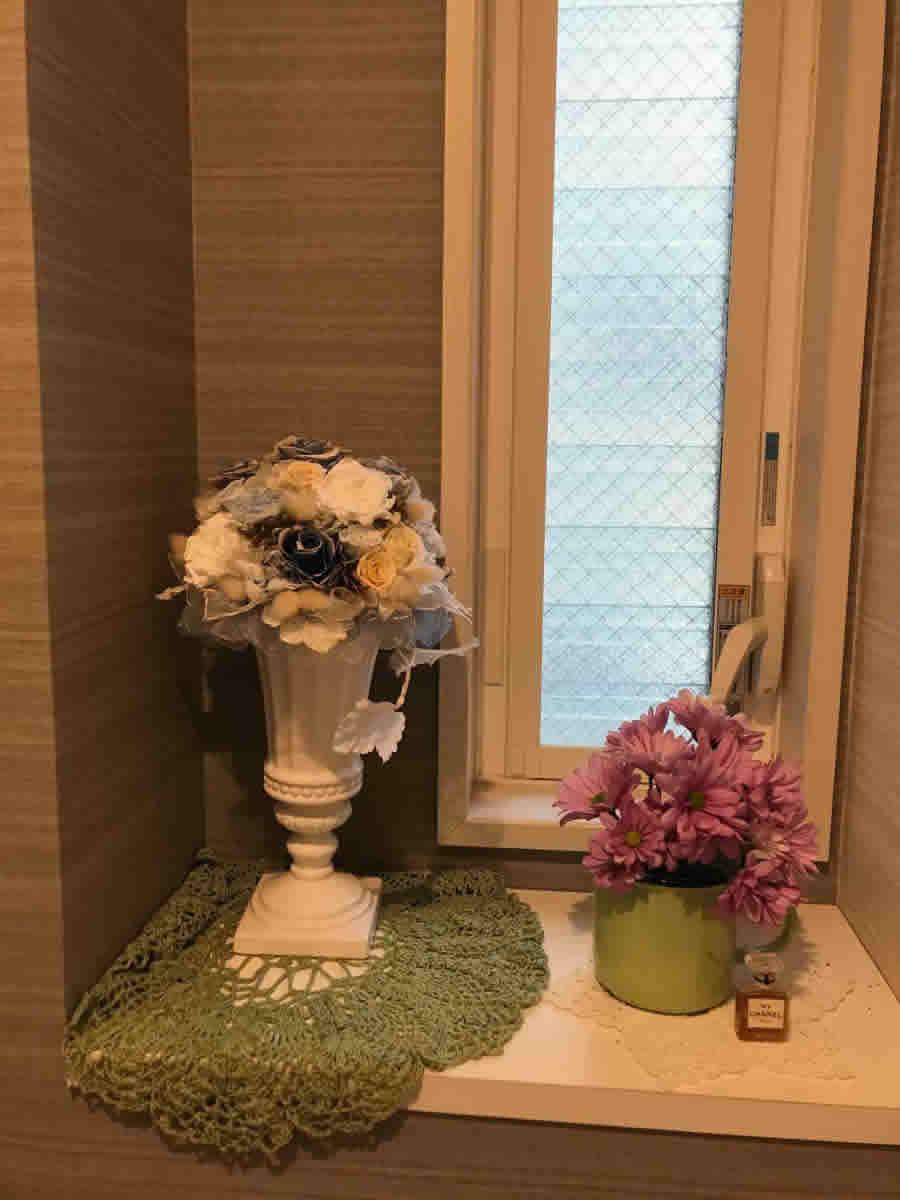 1階トイレ - スプレーマムを緑のホーローマグに